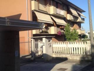 Foto - Trilocale via Giuseppe Verdi 45, Albuzzano