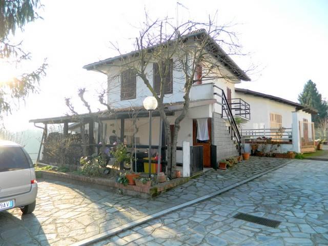 foto PANORAMICA CASA Villa via San Grato 16-1, Piea