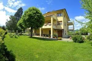 Foto - Villa via Martiri delle Foibe Istriane 2, Fabriano