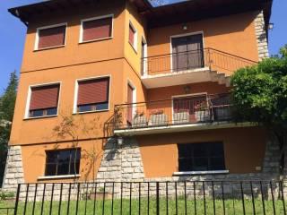 Foto - Villa via Brianza 1, Magreglio