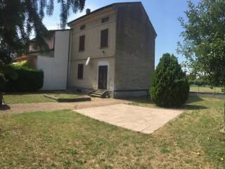 Foto - Villetta a schiera via Frugarolo 2, Casal Cermelli