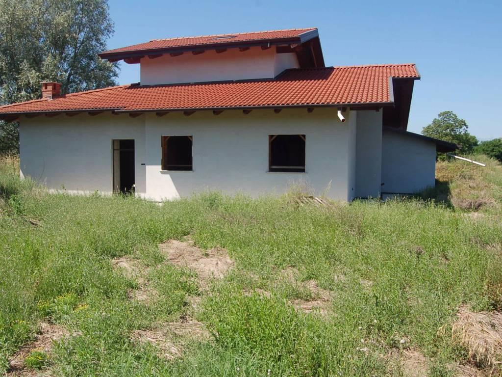 foto  Villa via 20 Settembre, Lusigliè