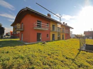 Foto - Casa indipendente via STRADA DELLA REGINA, Almenno San Bartolomeo