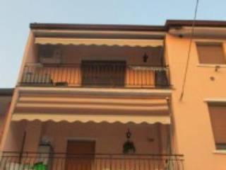 Foto - Quadrilocale all'asta via San Giuliano, Suisio