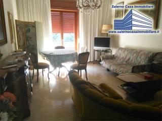 Foto - Trilocale buono stato, terzo piano, Salerno