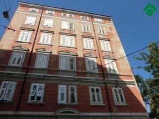 Foto - Bilocale via Filippo Zamboni, 2, Trieste