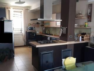 Foto - Villa via Cesare Battisti, Pertengo