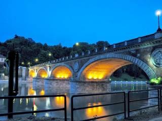 Foto - Bilocale ottimo stato, secondo piano, Parco del Valentino, Torino