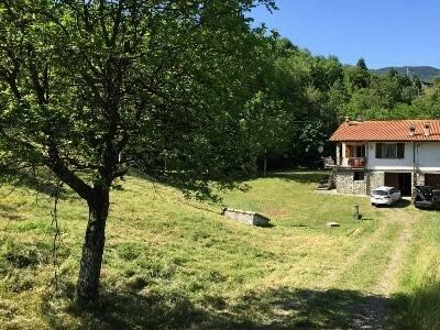 foto  Villa Località Agnidano frazione Baselica, Borgo Val di Taro
