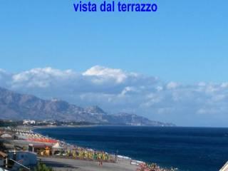 Foto - Quadrilocale via Spiaggia 325, Fondachello, Mascali
