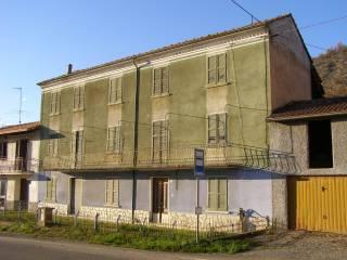 Photo - Country house regione Pareto, Pareto, Fabbrica Curone
