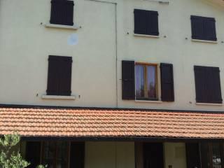 Foto - Rustico / Casale Strada Provinciale di Pellegrino, Montesalso Scarampi, Varano de' Melegari