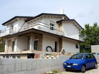 Foto - Villa Strada Provinciale Campli Giulianova 12, Ripattoni, Bellante