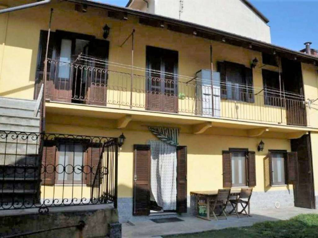 Ufficio Casa Alpignano : Vendita casa indipendente in piazza parrocchia alpignano ottimo