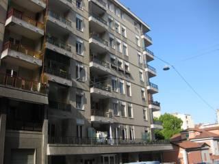 Foto - Bilocale buono stato, primo piano, D'Annunzio, Trieste