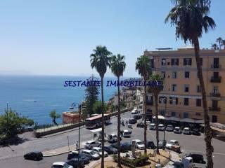 Foto - Trilocale piazza San Luigi 11, Posillipo, Napoli