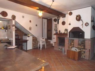 Foto - Casa indipendente 143 mq, buono stato, Gravere