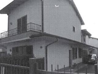 Foto - Quadrilocale all'asta via Chiesa 130-4, Magherno