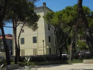 Foto - Quadrilocale via Matese, Ospedale, Pescara
