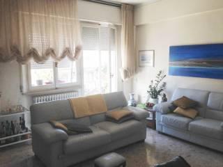 Foto - Quadrilocale buono stato, secondo piano, Vallemiano, Ancona