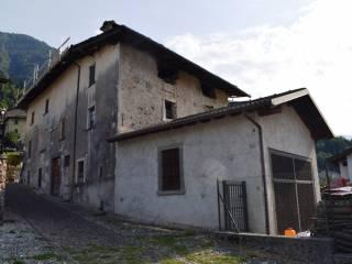 Foto - Casa indipendente piazza 4 Novembre, Moio de' Calvi