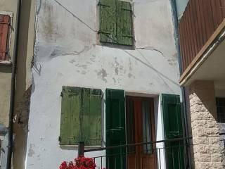 Foto - Casa indipendente via E  Lorenzi, Ferrara di Monte Baldo