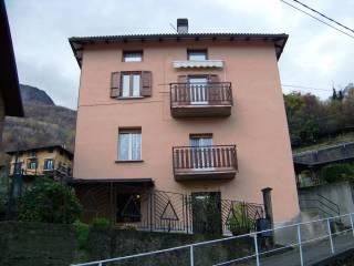Foto - Palazzo / Stabile via Medaglie d'Argento 3, Sellero