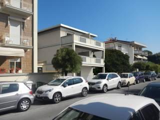 Foto - Attico / Mansarda via Giosuè Carducci 4-A, Camaiore