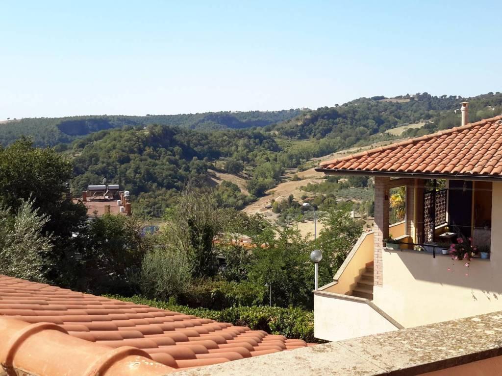foto  Villa unifamiliare via delle Province, Viterbo