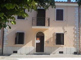 Foto - Casa indipendente piazza della Libertà 32, Penna in Teverina