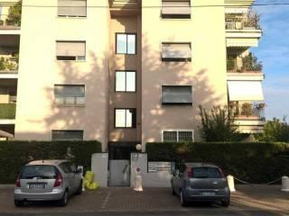 Foto - Bilocale via Pini, 8, Crocetta, Parma