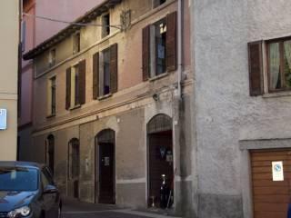 Foto - Rustico / Casale piazza della Vittoria, Rione Acquate, Lecco