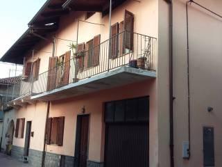 Foto - Casa indipendente via Vittorio Emanuele II 38, Cavaglià