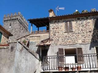 Foto - Quadrilocale via Marchese Cahen, Torre Alfina, Acquapendente