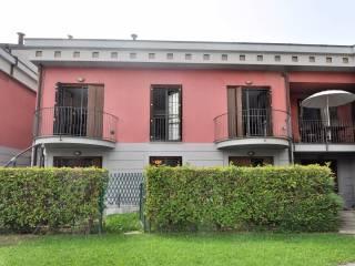Foto - Appartamento via Statale, Garlate