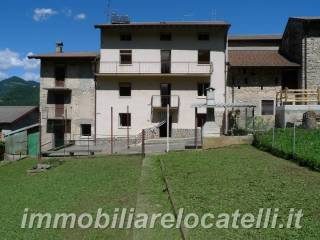 Foto - Casa indipendente via Ca' Pietrobelli, Ca' Personeni, Bedulita