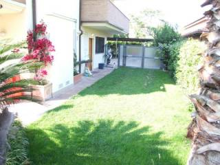 Foto - Appartamento piano terra, Santuario, Pescara