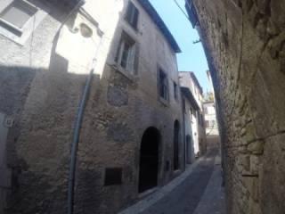Foto - Palazzo / Stabile via Re di Roma, Fara in Sabina