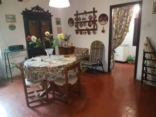 Foto - Casa indipendente 98 mq, da ristrutturare, Morro Reatino