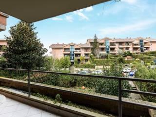 Foto - Trilocale buono stato, secondo piano, Olgiata, Roma