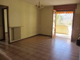 Foto - Bilocale buono stato, secondo piano, Moione, Bobbio