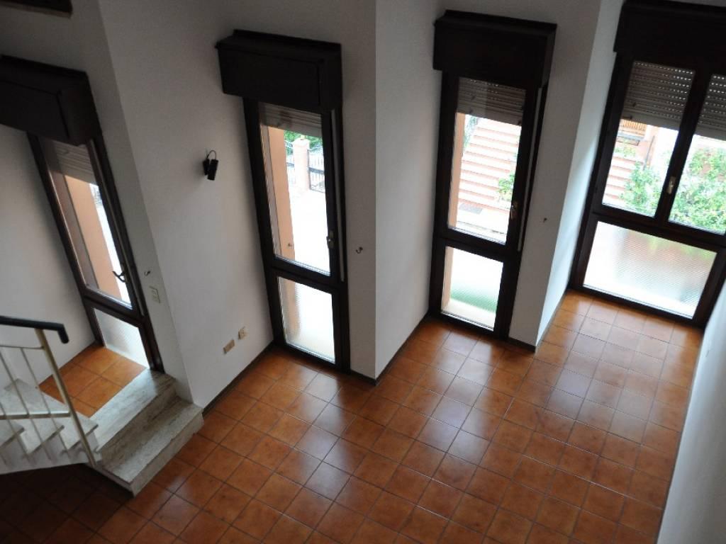 foto  Bilocale via Benvenuto Cellini, Castiglioncello