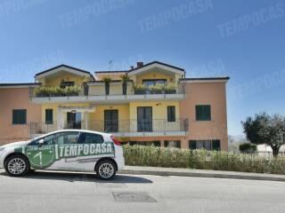 Foto - Quadrilocale via Vincenzo Cardarelli, Pollenza
