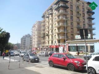 Foto - Quadrilocale via Torino, 23, Piazza Lincoln, Vulcania, Catania