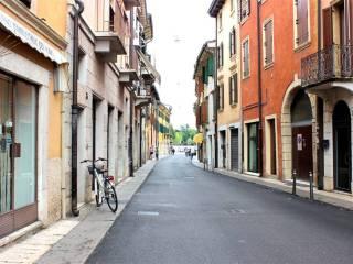 Foto - Bilocale via Berto Barbarani 15, San Zeno, Verona