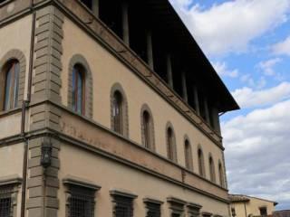 Foto - Palazzo / Stabile tre piani, ottimo stato, Fiesole