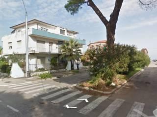 Foto - Palazzo / Stabile viale Francesco Paolo Tosti 1, Pineta, Pescara