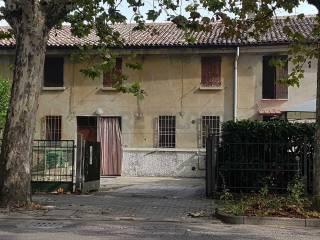 Foto - Quadrilocale da ristrutturare, Bondeno