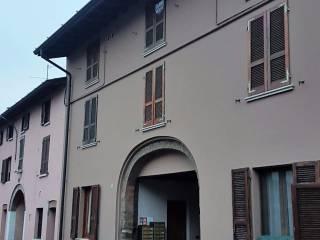 Foto - Trilocale ottimo stato, secondo piano, Aspes, San Zeno Naviglio