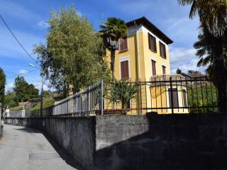 Foto - Trilocale via Monfalcone 1, Caldè, Castelveccana